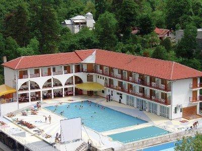 Hotel Saras Sons
